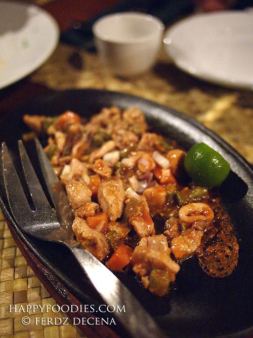 Kapuluan Seafood Sisig