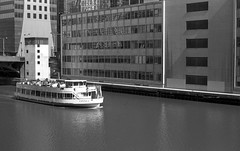 Rolling on the (Chicago) River (Fogel's Focus) Tags: chicago 50mm march illinois olympus f18 rodinal zuiko 1100 acros mij chicagoist standdevelopment om2n agfarodinal film:iso=100 legacypro100 developer:brand=agfa developer:name=agfarodinal film:brand=freestylearista freestylearistalegacypro film:name=freestylearistalegacypro100 filmdev:recipe=6345
