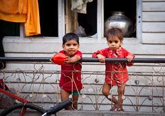 Jaipur (www.AlastairHumphreys.com) Tags: india portraits children child jaipur alastairhumphreys