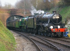Arrival at Alresford (David Blandford photography) Tags: lordnelson alresford midhantsrailway 45379 springgala2011