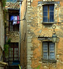 angoli di St. Paul (giulifff) Tags: colore francia giuliana provenza finestre vicoli angoli stpauldevence nikond80 —obramaestra— truthandillusion