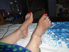 DSC09848 (srivastavacouple) Tags: feet toerings long toenails