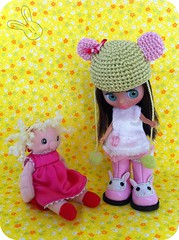 Lia: Look at my new shoes! Bambalina: Eh...aren't they too big? Lia: Yes a tiny bit....But i'll grow into them.