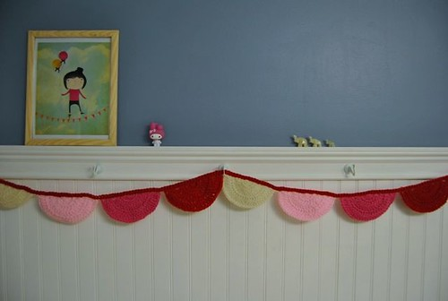 crochet scalloped bunting :: free pattern
