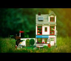 Lazy Sunday (isayx3) Tags: house umbrella toy pull nikon shoot dof lego bokeh bbq push shallow studios f28 43 80200mm thru onelight sb800 strobist plainjoe isayx3 plainjoephotoblogcom