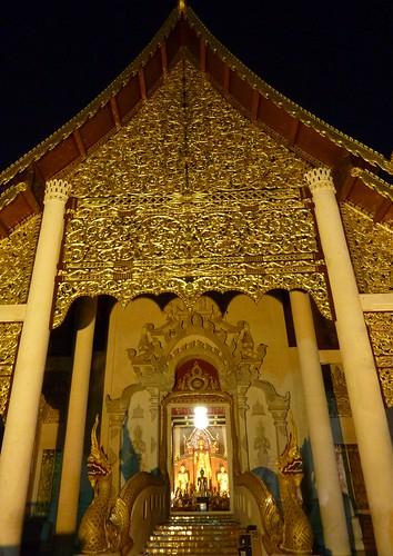 Chiang Mai 11-Wat Chedi Luang (16)