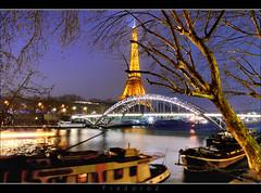 Passerelle Debilly, Paris (Fredorod) Tags: longexposure paris france seine night lights nightshot eiffeltower e