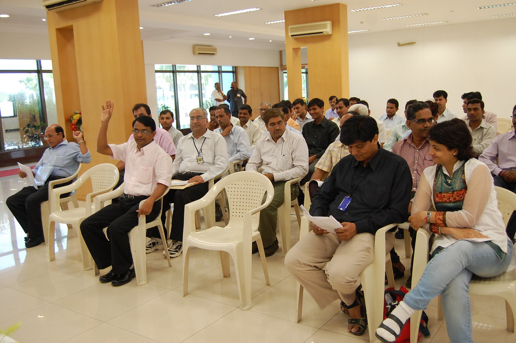 Gold Refinery's AGM 30.11.10 (7)