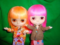 Blythe Hugs Reach Around the World (ADAD 2011:73)