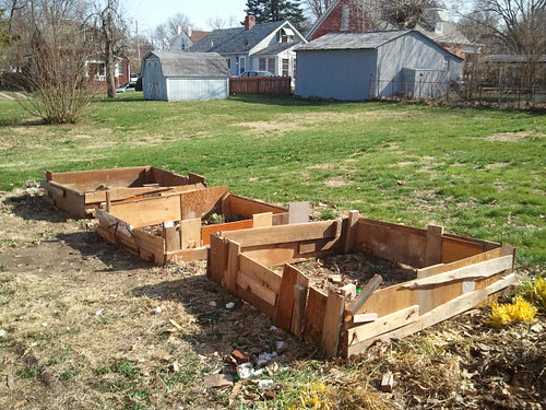 Upcycled raised garden beds