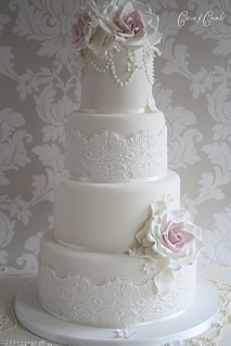 Vintage Couture wedding cake by Cotton and Crumbs
