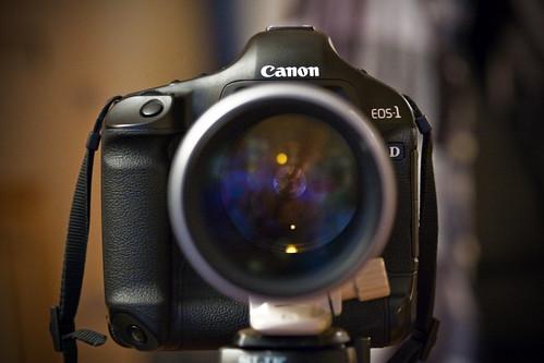 Canon EOS-1D Mark III head shot