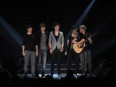One Direction X Factor Live 092 (donkeyjacket45) Tags: show one louis tv concert tour glasgow live stage gig harry x pop direction liam styles fiona zain secc factor 2010 niall popidol xfactor mckinlay 2011 zayn onedirection fionamckinlay xfactorlive