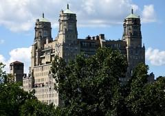 NYC - Central Park (ikimuled) Tags: nyc newyorkcity newyork manhattan centralpark parchi edifici belvederecastle
