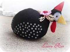 :: D'Angola :: (Luciene Rosi ) Tags: chicken brasil galinha handmade artesanato feltro tecido coc feitoamo dangola