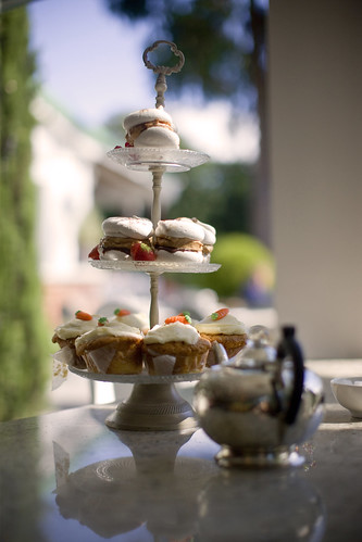 Cake stand in Fernhouse Café by Avoca Ireland