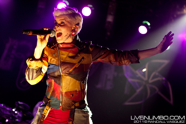 Contest: Win a Print from tonight's Robyn, Diamond Rings and Natalia Kills show at Echo Beach