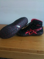 rulons size 9 wrestling shoes (D1125wrestler(need to $ell white freeks)) Tags: 9 size asic wrestlingshoes rulons