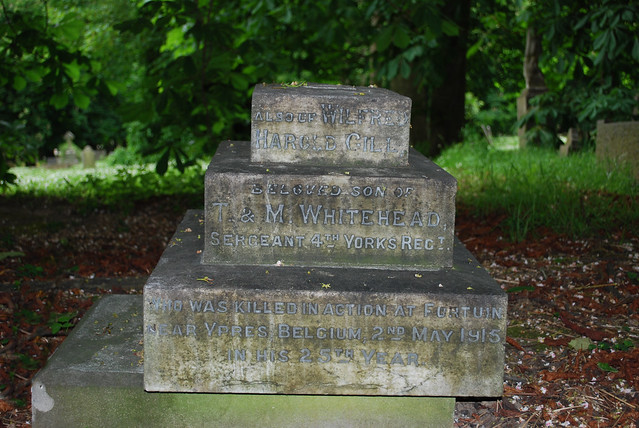 Andy Whitfield Grave Site