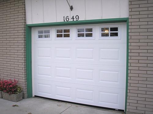 Local Garage Door Installations Windsor Essex Tecumseh