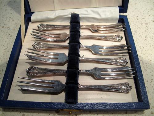 Cake Forks 3FEB2011