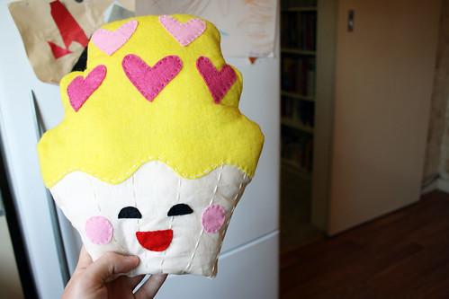 11 Cupcake Plush