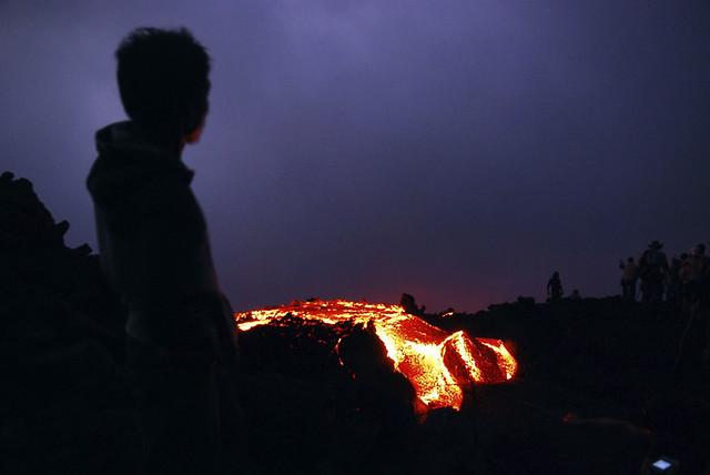 Mirando la lava