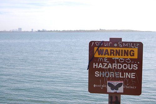 Warning!  Hazardous shoreline.