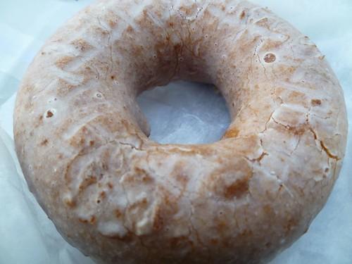 Tres Leches Doughnut, exterior