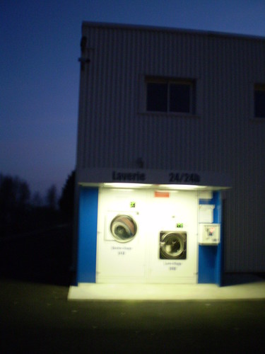 loneliest laundromat in the world