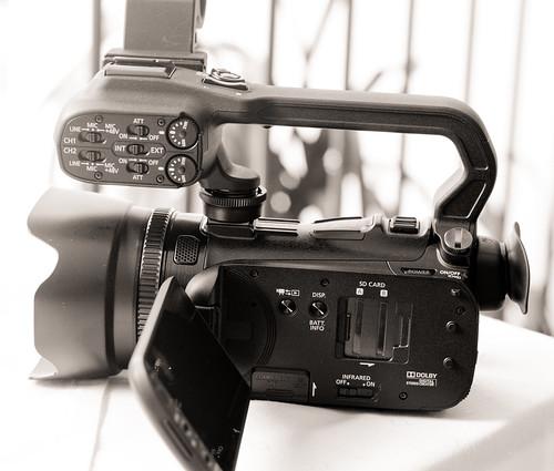 Canon XA10-4