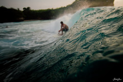 balangan (SARA LEE) Tags: ocean sunset bali man texture water indonesia french movement surf afternoon action surfer wave surfing outoffocus mistake chilli indo shortboard jeanmarie waterhousing sarahlee balangan legothenego kobetich surfhousing vivantvie