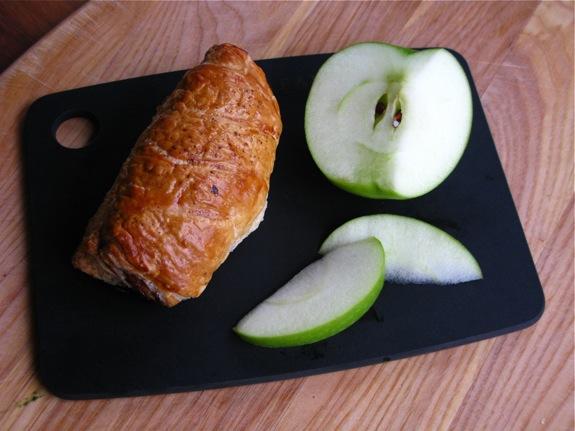 apple turkey sausage rolls 003