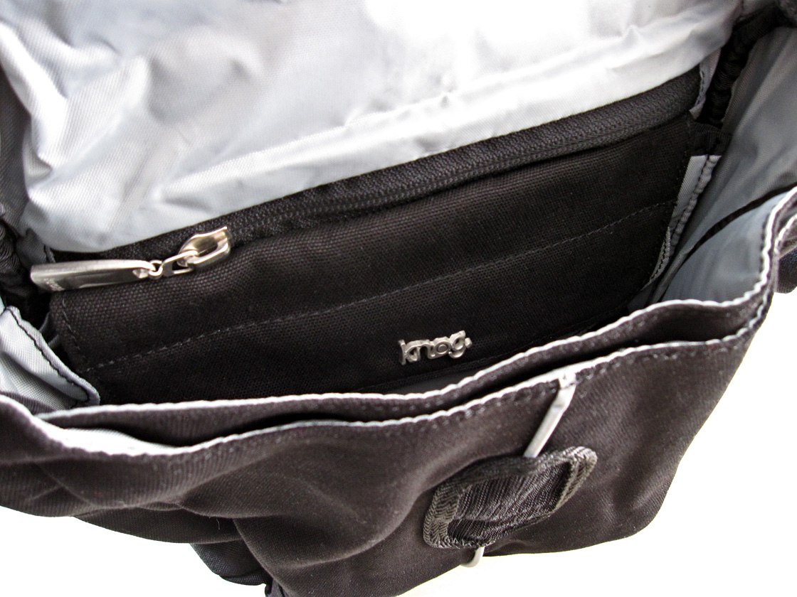 Knog Leading Dog interior pockets