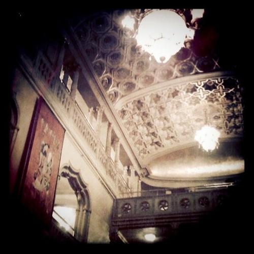 Orpheum ceiling & canderliers