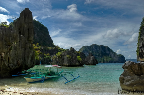 Philippines - Cadlao Lagoon by GlobeTrotter 2000