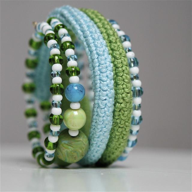 crocheted coiled bracelet