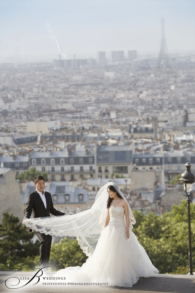 wedding photos in Paris