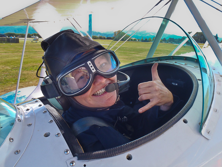flight in New Zealand, Pilot a Stunt Plane