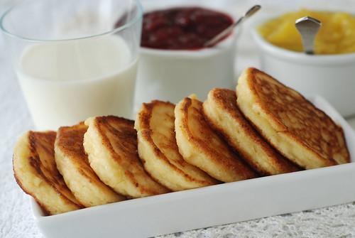 sõrnikud/curd cheese pancakes
