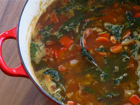 tuscan white bean kale soup 007