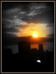 Sunset in London (JimmyMac210 - just returned home from hospital) Tags: city uk original sunset bw london buildings framed shoreditch hoxton hackney frommywindow borders picnick centerfocal citysilhoutte