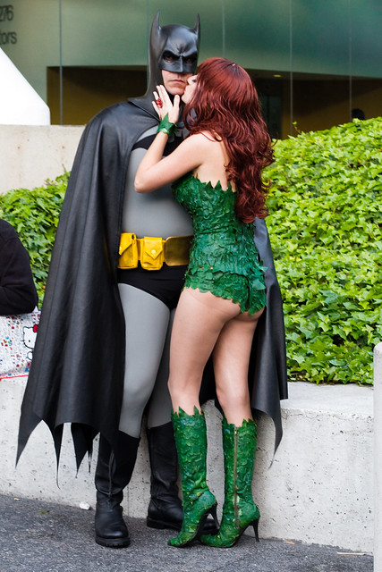 Wondercon 2011: batman and poison ivy