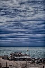 Cádiz (raperol) Tags: cádiz playa paisaje nubes airelibre agua 50d 2015