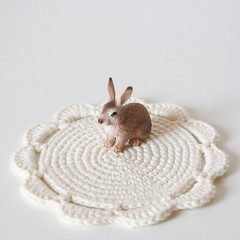 tea & crocheting doilies... (pilli pilli) Tags: light white bunny diy tea handmade crochet craft cotton etsy teacup doily zakka doilies crocheting organiccotton grannychic pillipilli