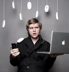 [フリー画像] 人物, 男性, PC・パソコン, 201101311700