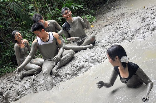 mud volcano - pulau tiga sabah-5