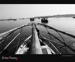 The purest logs (Ray Frames) Tags: bw india monochrome river boat blackwhite ganga sangam allahabad prayag riverganges flickrchallengegroup flickrchallengewinner maghmela