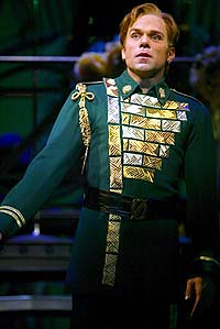 The Original Fiyero, Norbert Leo Butz