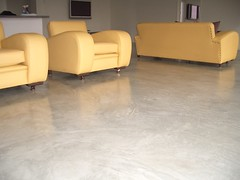 alternative_surfaces_seamless_modernflooring